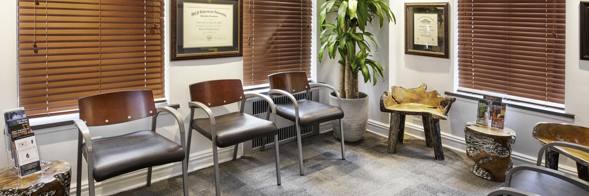 waiting area at Robotic Joint Center